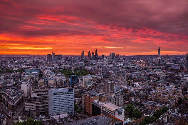Руфер показує найефектніші краєвиди Лондона: яскраві фото - фото 351442