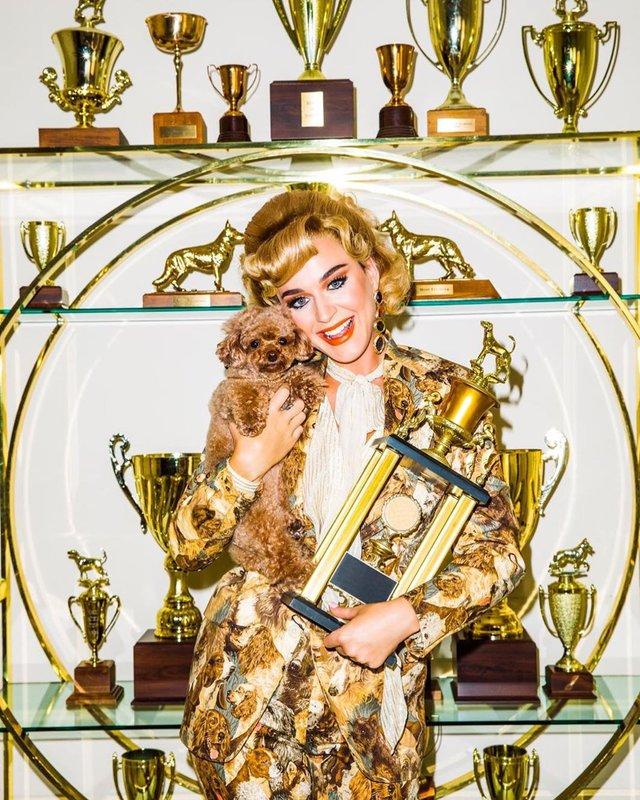 Katy Perry – Small Talk: дивіться яскравий кліп співачки, знятий українкою - фото 351567
