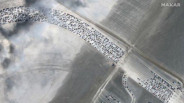 Фестиваль Burning Man 2019 показали з космосу: видовищні кадри - фото 351625