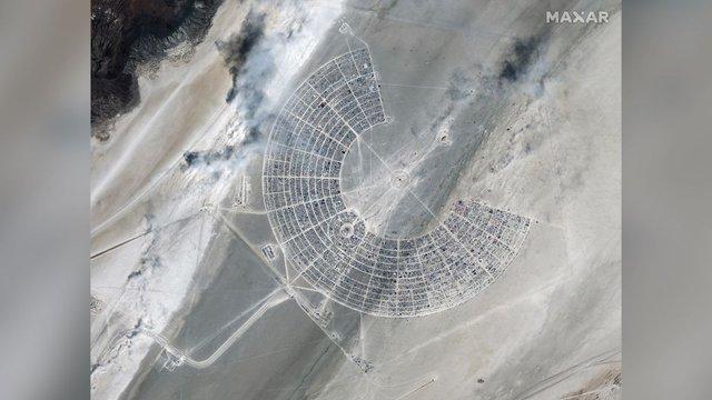 Фестиваль Burning Man 2019 показали з космосу: видовищні кадри - фото 351627