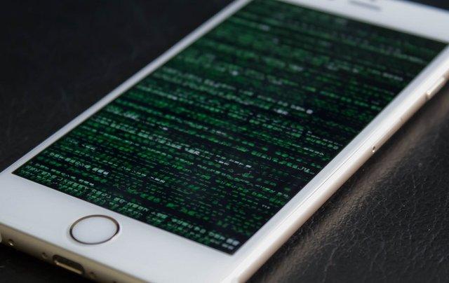 Android виявилася значно надійнішою, ніж iOS: хакери залишаються без роботи - фото 352510