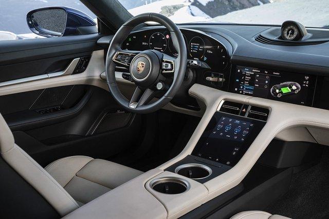 Електромобіль Porsche Taycan - фото 352650