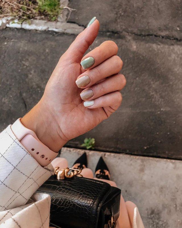 Манікюр на осінь 2019: модні тренди дизайну нігтів у фото - фото 352871