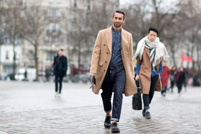 Чоловіча мода: головні тренди осені 2019 - фото 353020