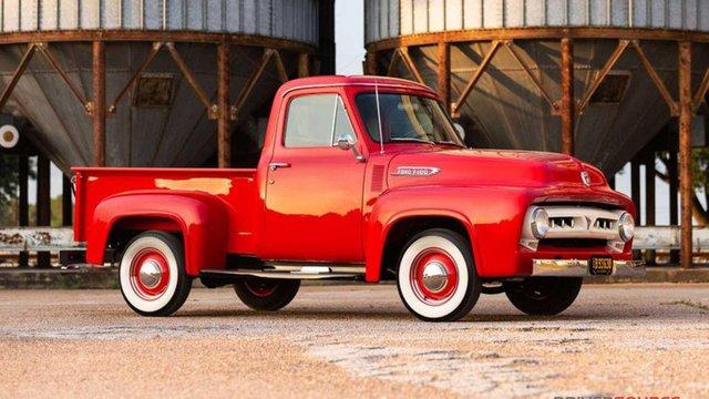 Класичний Ford 1953 року випуску пустять з молотка - фото 353472