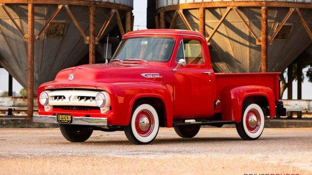 Класичний Ford 1953 року випуску пустять з молотка - фото 353476