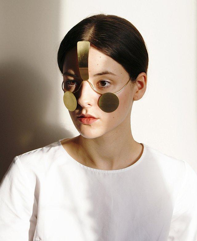 Ця прикраса робить обличчя невидимим для системи розпізнавання (фото) - фото 353871
