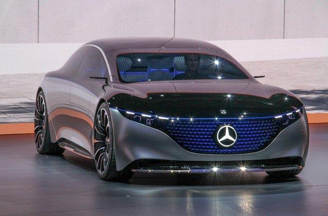 Mercedes-Benz представив розкішний Vision EQS - фото 353967