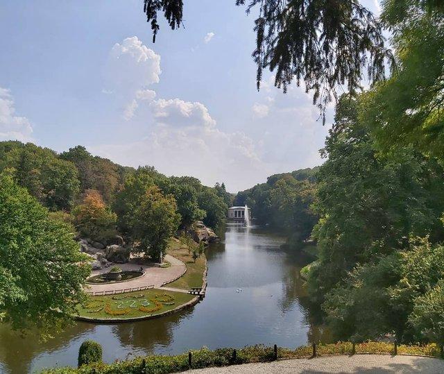 Куди поїхати восени в Україні: ТОП 7 маршрутів для осіннього відпочинку - фото 353972