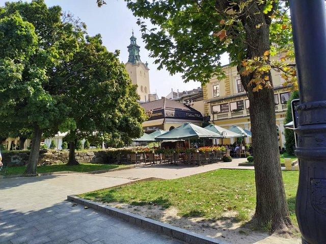 Куди поїхати восени в Україні: ТОП 7 маршрутів для осіннього відпочинку - фото 353975