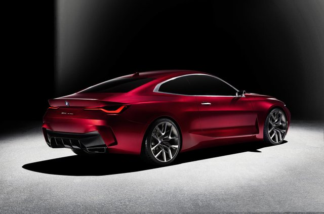 BMW показала вражаючий шоукар Concept 4: ефектні фото - фото 354050