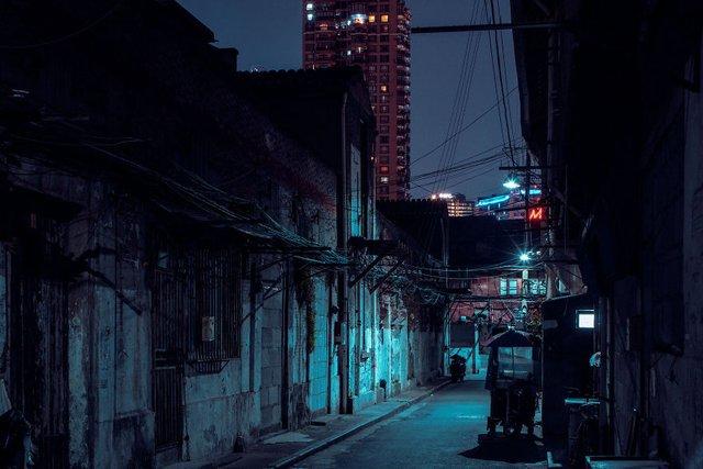 Кіберпанкові вулиці Шанхая: фото, які змушують затримати погляд - фото 354207