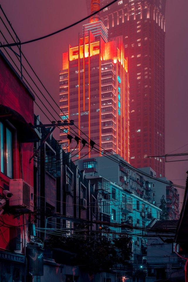 Кіберпанкові вулиці Шанхая: фото, які змушують затримати погляд - фото 354209