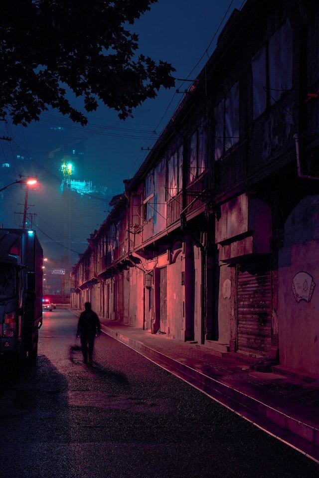 Кіберпанкові вулиці Шанхая: фото, які змушують затримати погляд - фото 354210