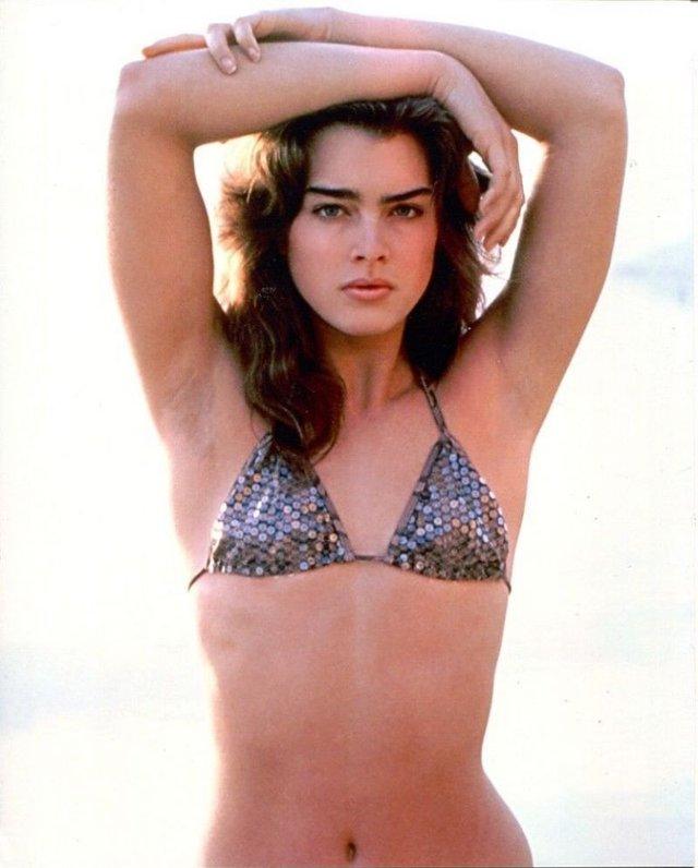 Моделі 90-х: як змінилася сексуальна американка Брук Шилдс (18+) - фото 354333
