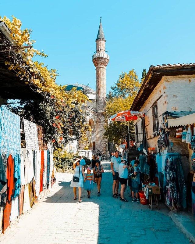 Студент робить на смартфон ефектні фото Туреччини - фото 354388