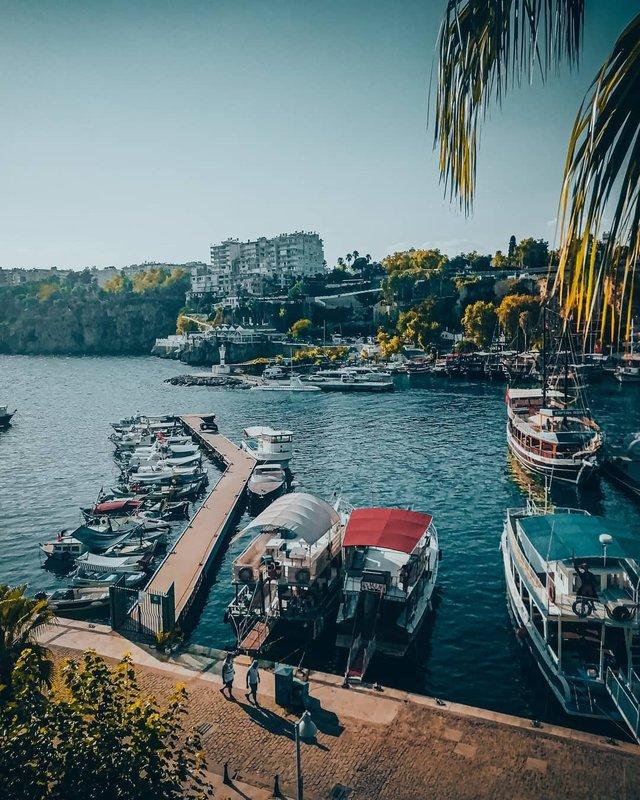 Студент робить на смартфон ефектні фото Туреччини - фото 354396