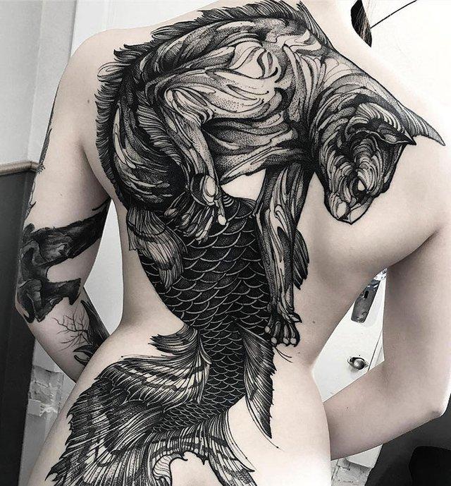 Ефектні татуювання на всю спину, які змусять затримати погляд: фото - фото 354425