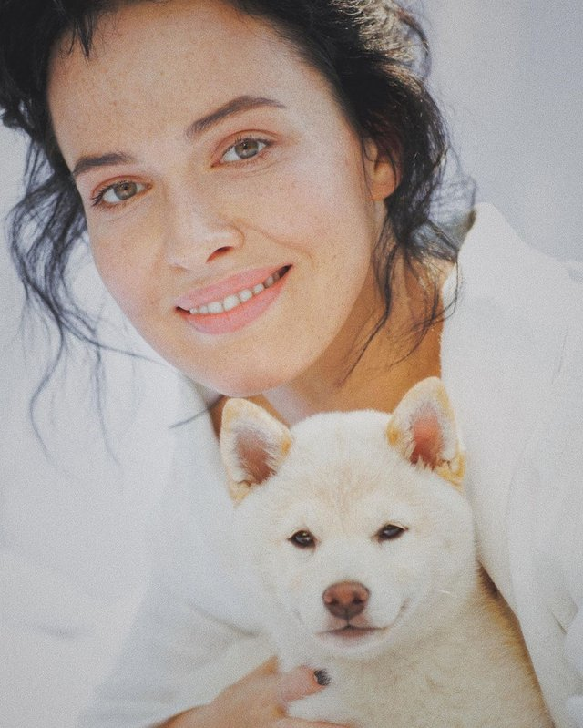 Даша Астаф'єва вразила чуттєвою фотосесією в ліжку - фото 354640
