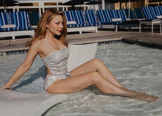 Стрункі ніжки Тіни Кароль розігріли мережу - фото 354903