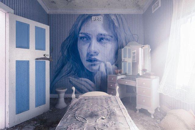 Дивовижні портрети жінок на стінах покинутих будинків - фото 355127