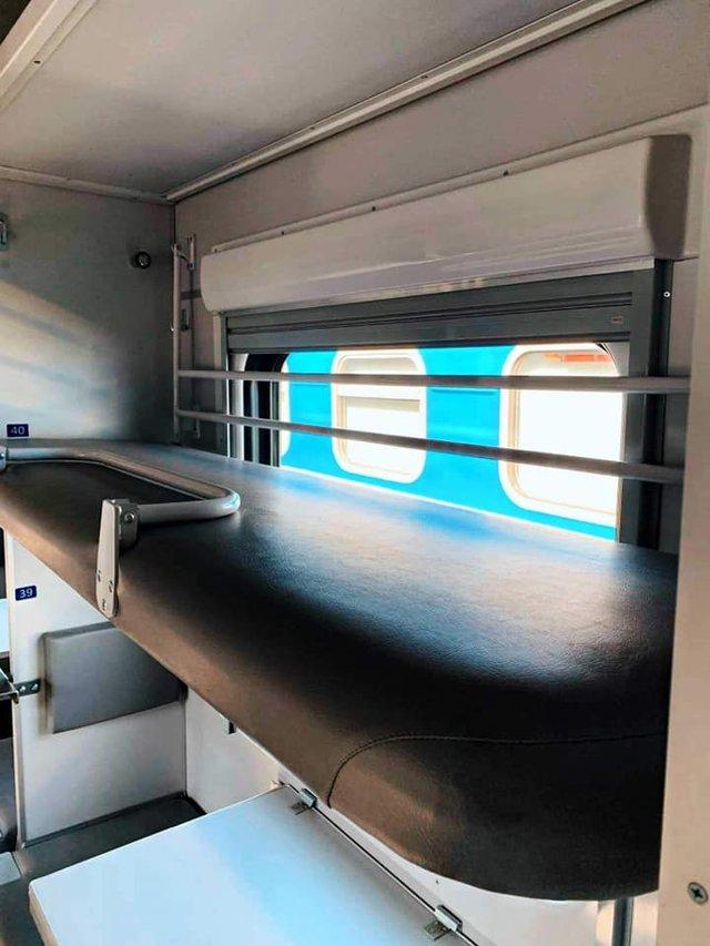 В Укрзалізниці показали найдорожчий плацкартний вагон: фото - фото 355169