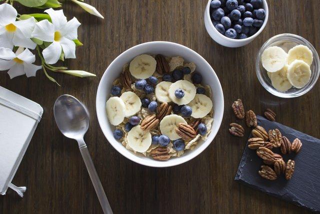 Банани зовсім не підходять для сніданку - фото 355308