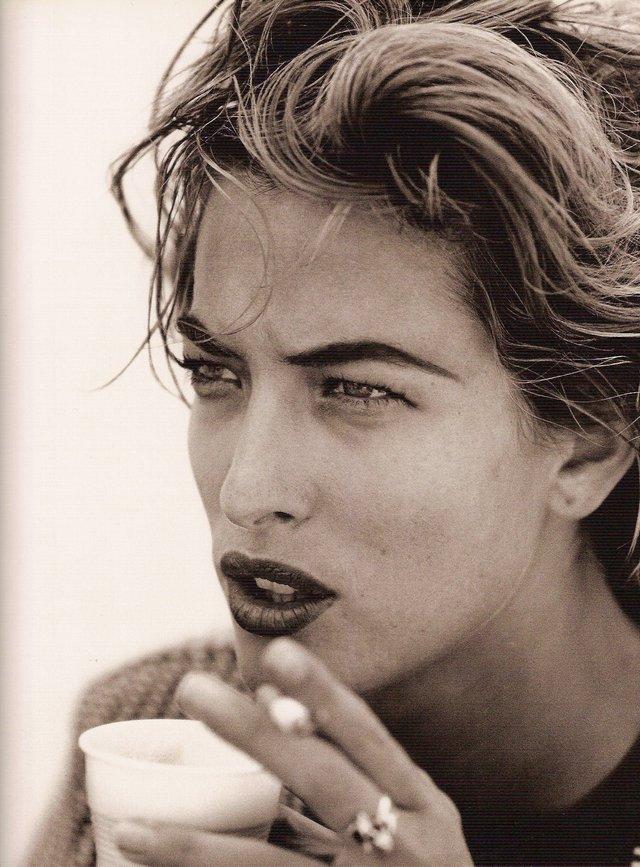 Моделі 90-х: як змінилася яскрава представниця 'великої шістки' Тетяна Патітц (18+) - фото 355425