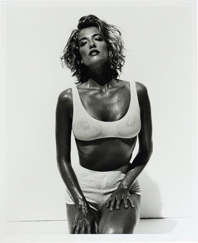 Моделі 90-х: як змінилася яскрава представниця 'великої шістки' Тетяна Патітц (18+) - фото 355428
