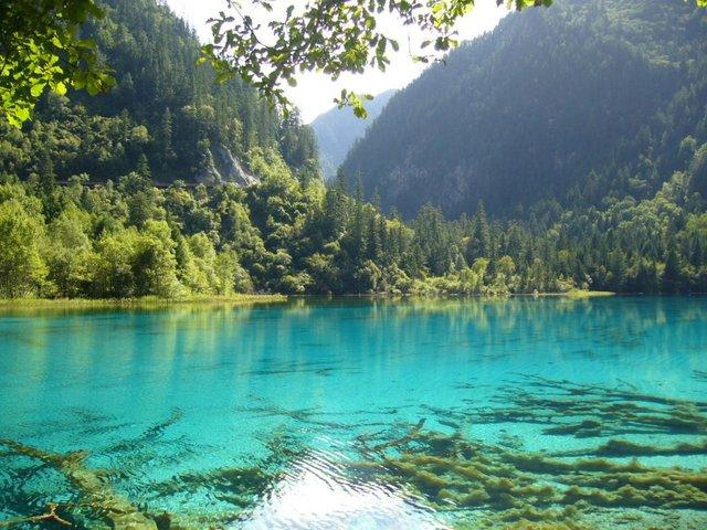 Так виглядає найчистіше озеро на планеті - фото 355472
