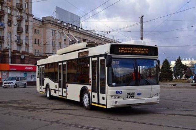 В Україні запрацював тролейбусний маршрут з вартістю проїзду в одну гривню - фото 355581