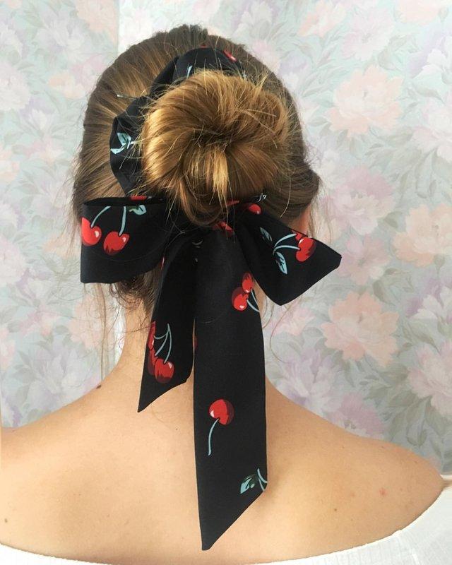 Названий наймодніший осінній аксесуар для волосся - фото 355872