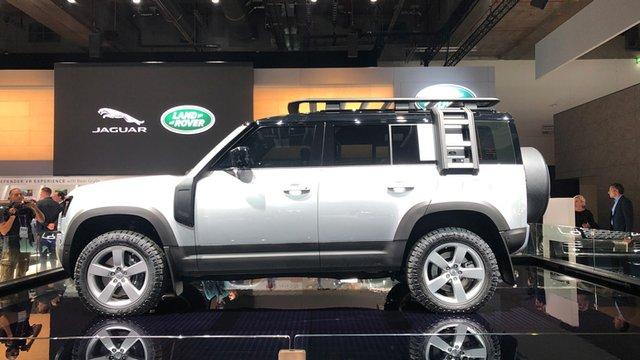 У мережі показали незвичайний кабріолет Land Rover Defender - фото 356077