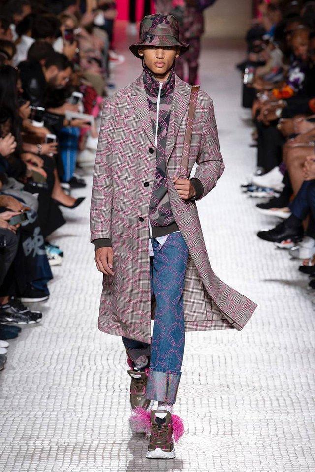 Модні чоловічі пальта осінь 2019: ТОП-5 стильних моделей - фото 356358