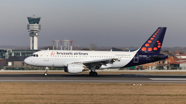 Brussels Airlines - фото 356377