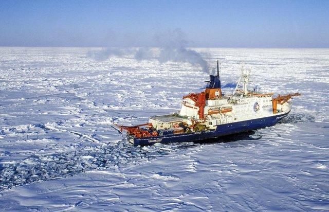 Стартувала найбільша в історії експедиція з вивчення Арктики - фото 356461