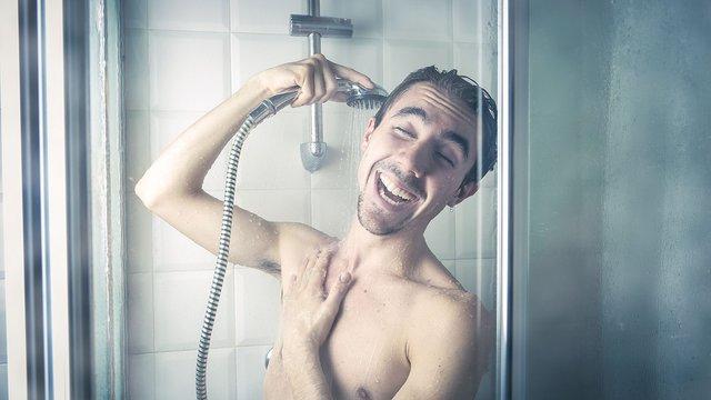 Зловживання душем має негативні наслідки - фото 356602