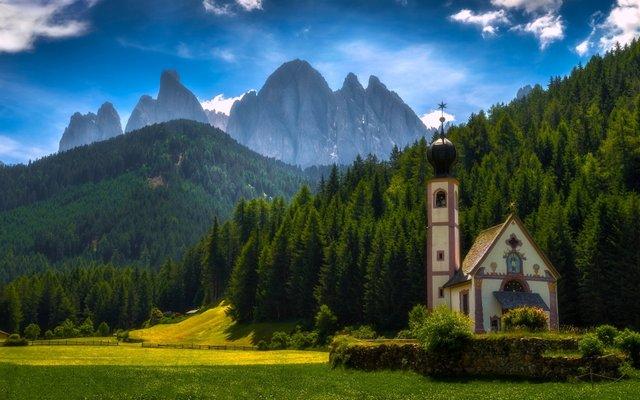 Незабутній відпочинок: чому варто поїхати у Доломітові Альпи - фото 356842