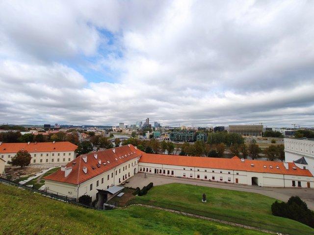 Вид на місто з вежі - фото 357259