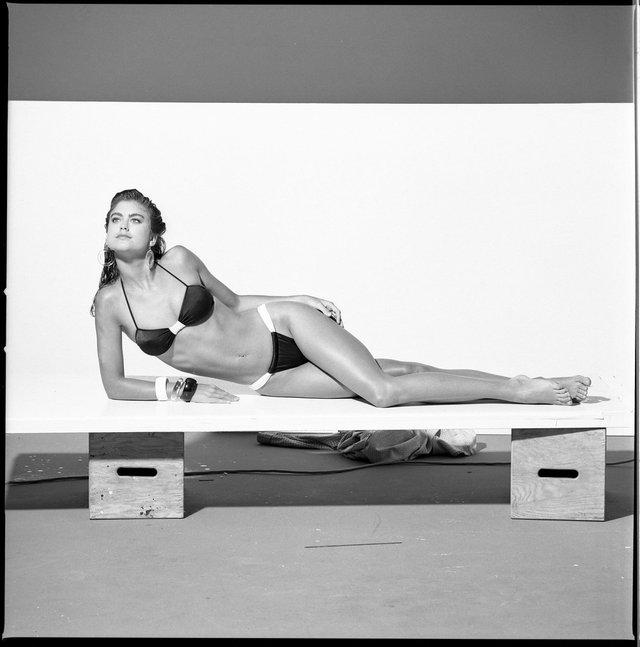 Моделі 90-х: як змінилася ефектна красуня Кеті Айрленд (18+) - фото 357442