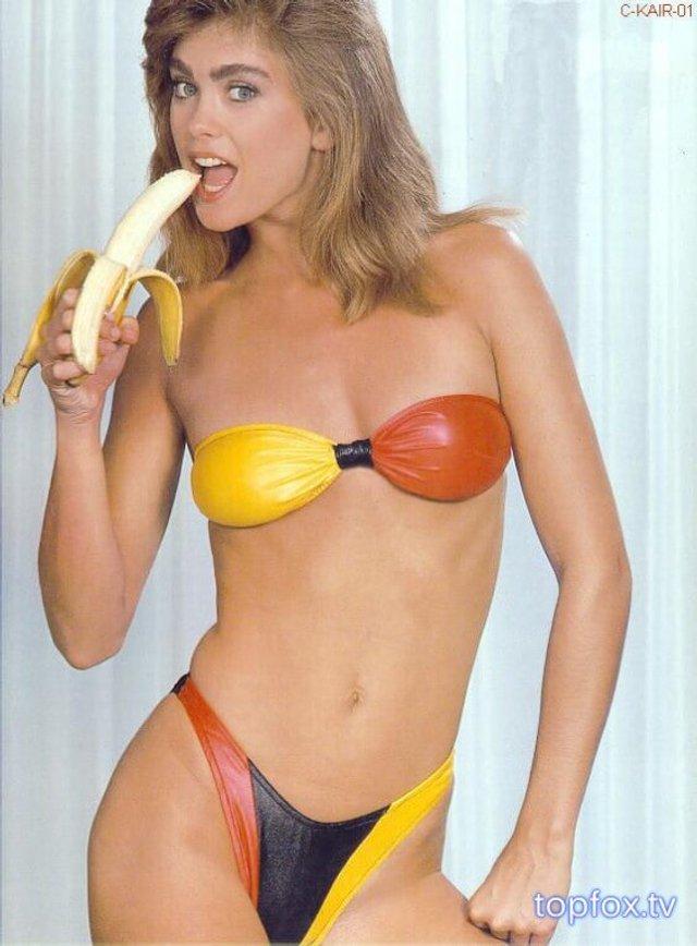 Моделі 90-х: як змінилася ефектна красуня Кеті Айрленд (18+) - фото 357444
