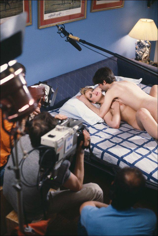 Ефектні фото зі зйомок порно 80-х, які варто побачити (18+) - фото 358592