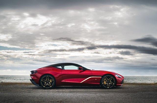 Aston Martin показав найдорожчу модель у своїй історії - фото 359836