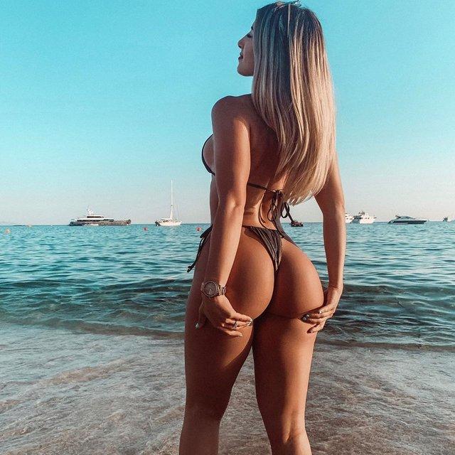 Дівчина тижня: гаряча модель та секс-бомба Instagram Ізабелла Бушемі (18+) - фото 359940
