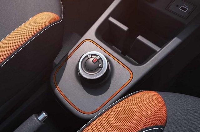 Renault кардинально оновила свій найдешевший позашляховик - фото 359981