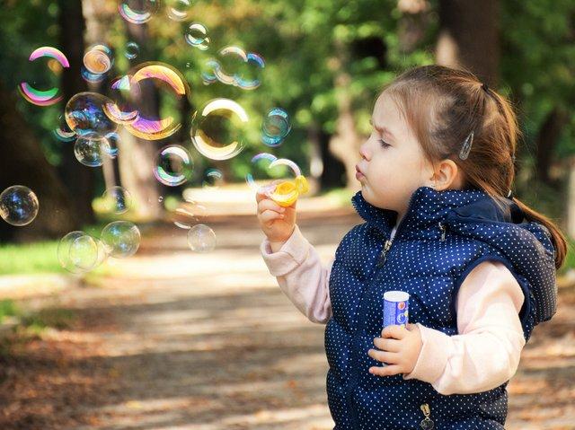Найпопулярніші імена для хлопчиків і дівчаток: як назвати дитину - фото 360463