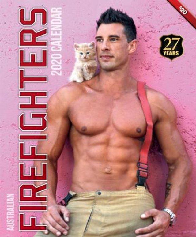 Гарячі австралійські пожежники потішили фанаток новим календарем - фото 361284