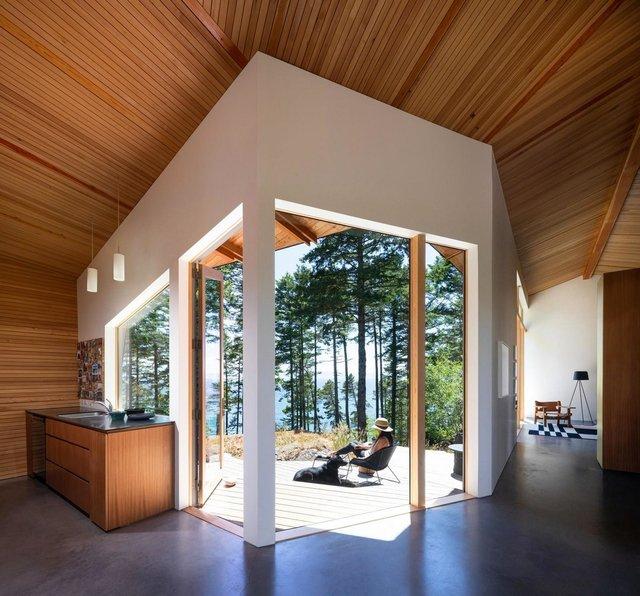 Архітектори створили незвичайний дім посеред лісу в Канаді: фото - фото 361315