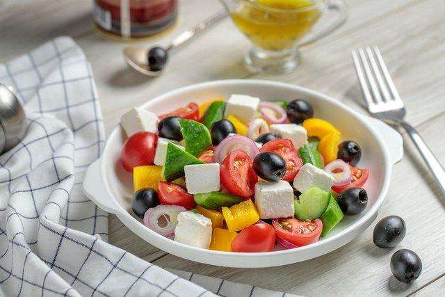 У вашому раціоні має бути якомога більше овочів і фруктів - фото 361427