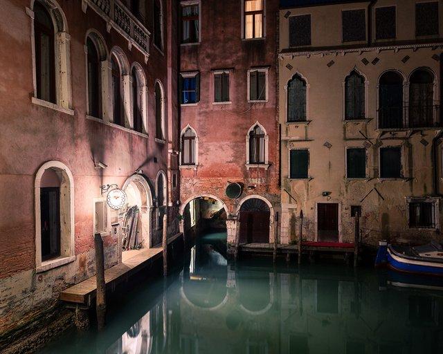 Нічна Венеція у яскравих знімках: дух перехоплює - фото 361537